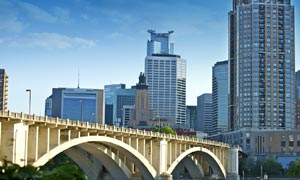 Minneapolis-Auto-Transport